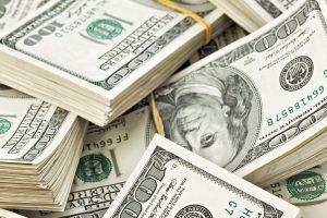 ننشر سعر الدولار في البنوك الرسمية اليوم 25-5-2017