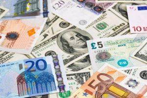 ننشر سعر الدولار والعملات الأجنبية والعربية في منتصف تعاملات اليوم 4-6-2017