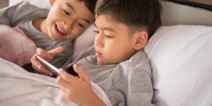 تحذيرات عالمية بشأن الألعاب المتصلة بالإنترنت