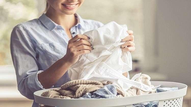 دراسة أمريكية: القيام بالأعمال المنزلية للمسنات يطيل عمرهن